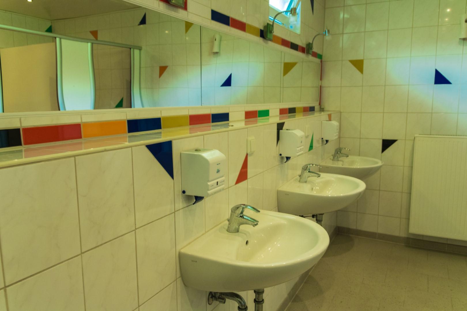 Interno dei bagni