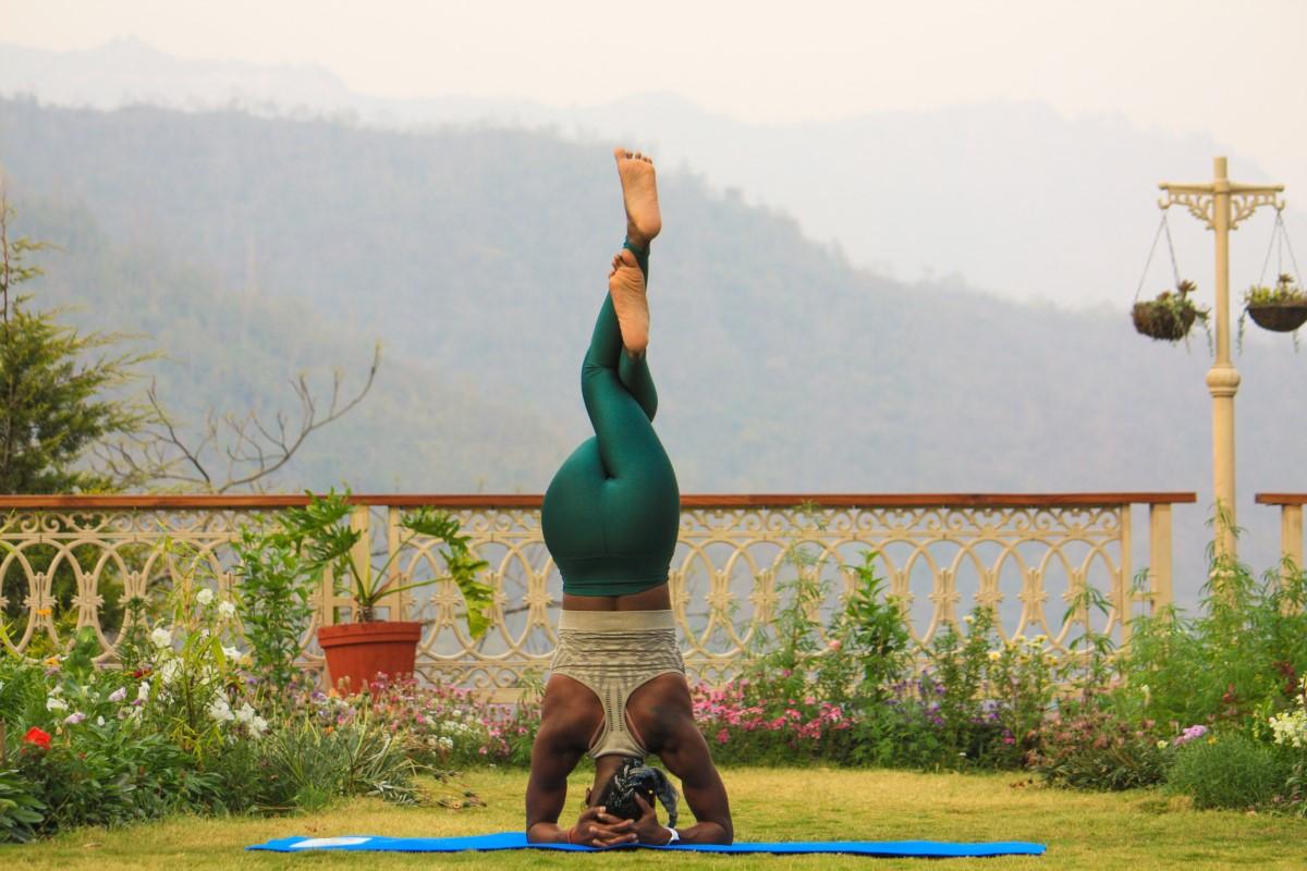 Yoga demenziale