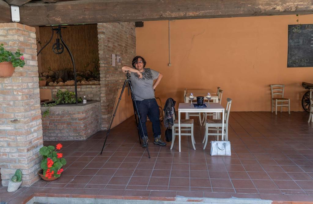 Al Lavoro, in Attesa di Degustare
