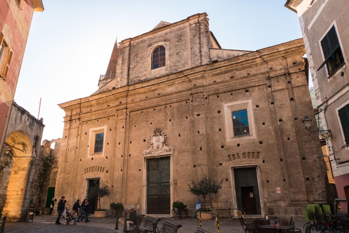 Finalborgo basilica