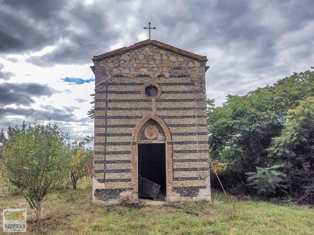 chiesa abbandonata