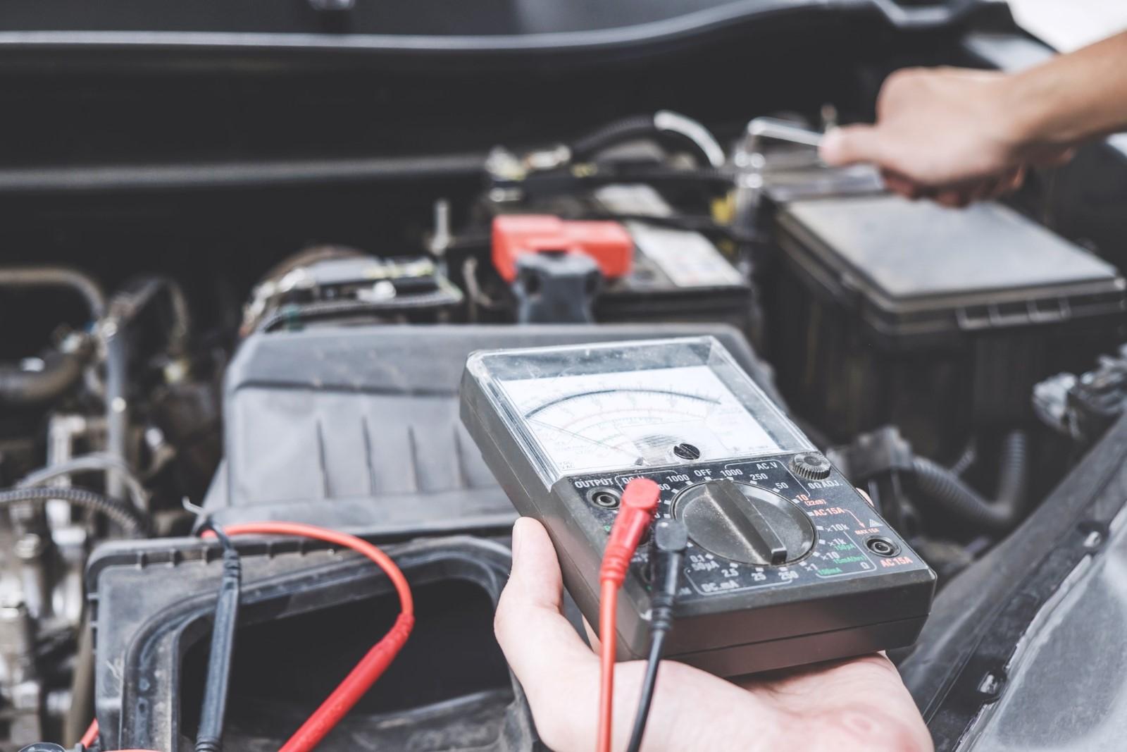 Controllo della Batteria Motore