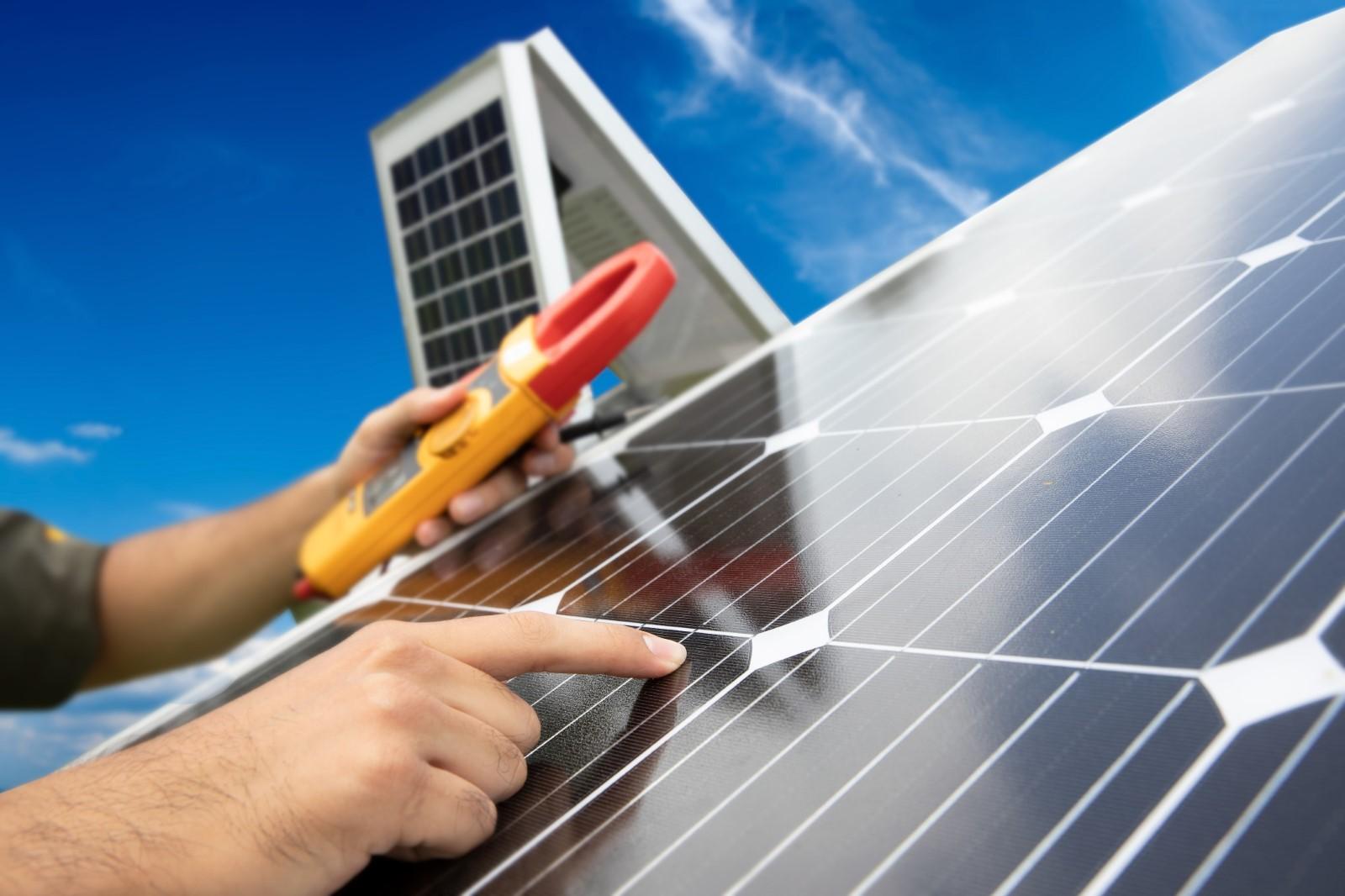 Controllo dei Pannelli Solari