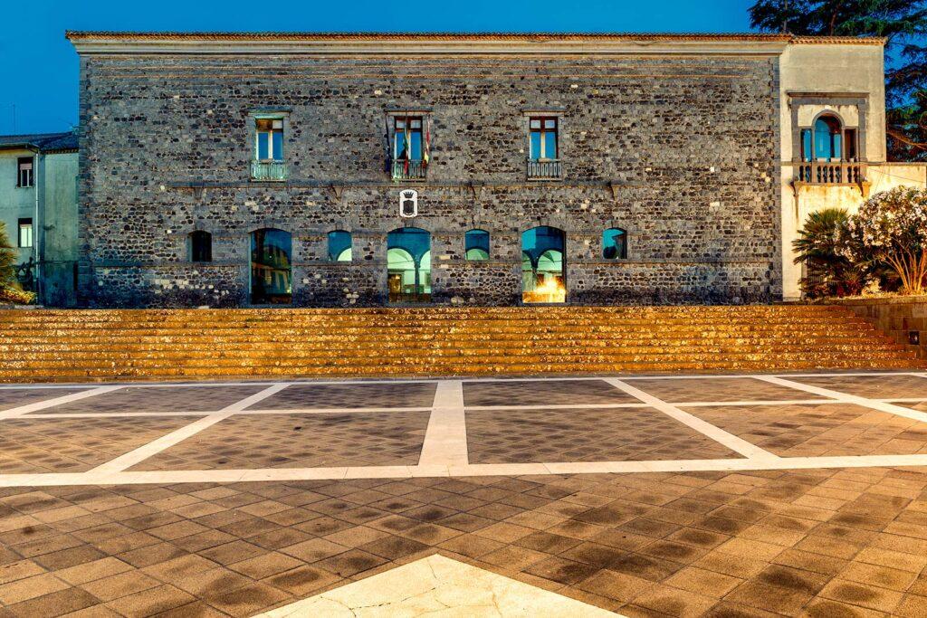 Il Municipio di Randazzo.