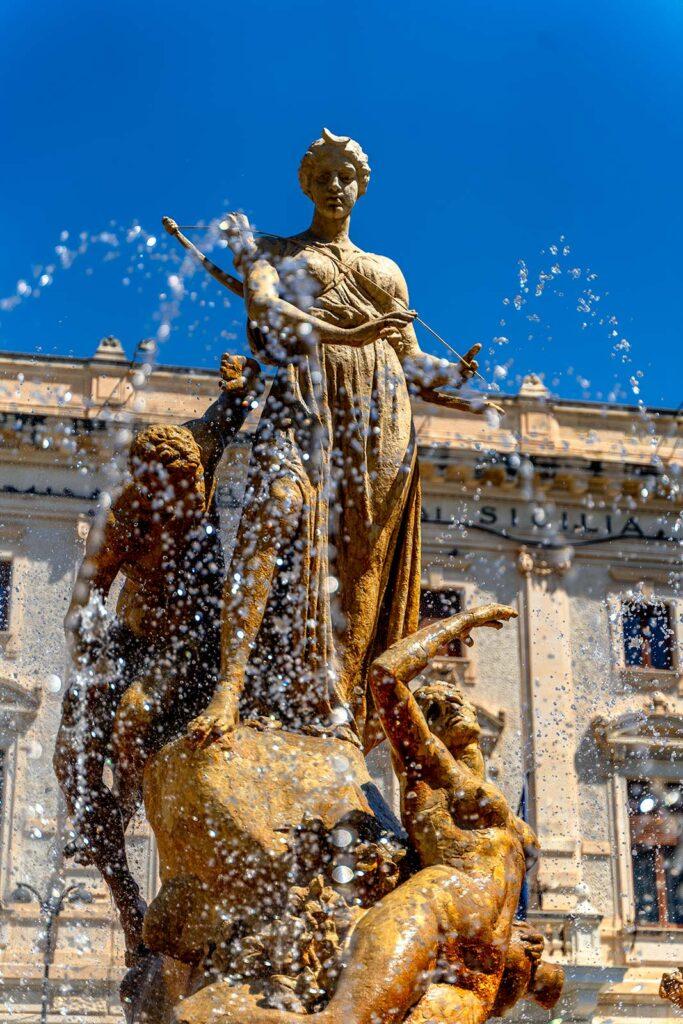 Dettaglio della Fontana di Diana
