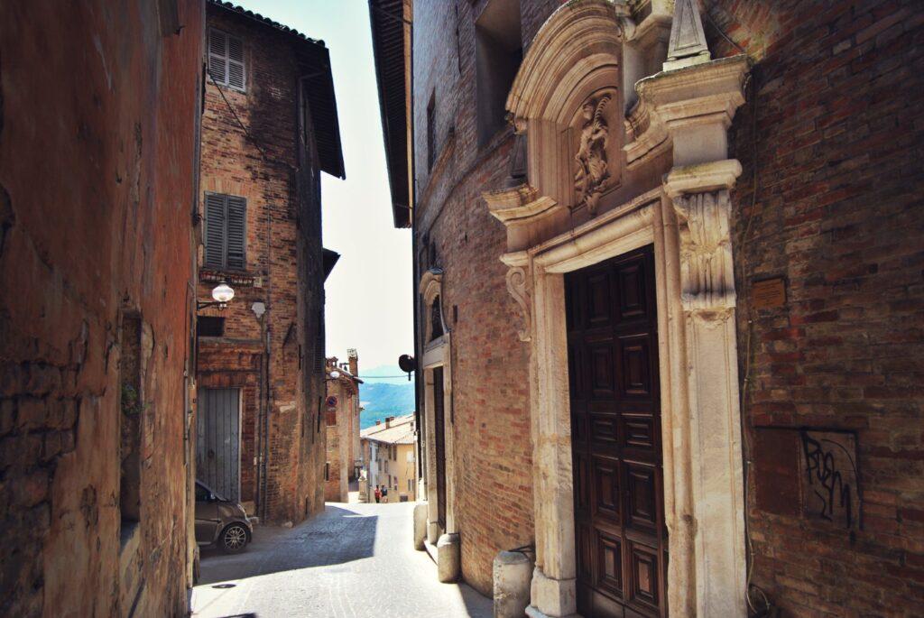 via di Urbino