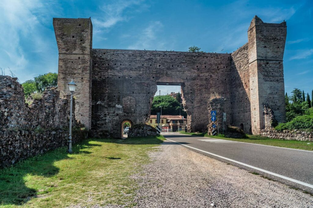 Mura del ponte lungo