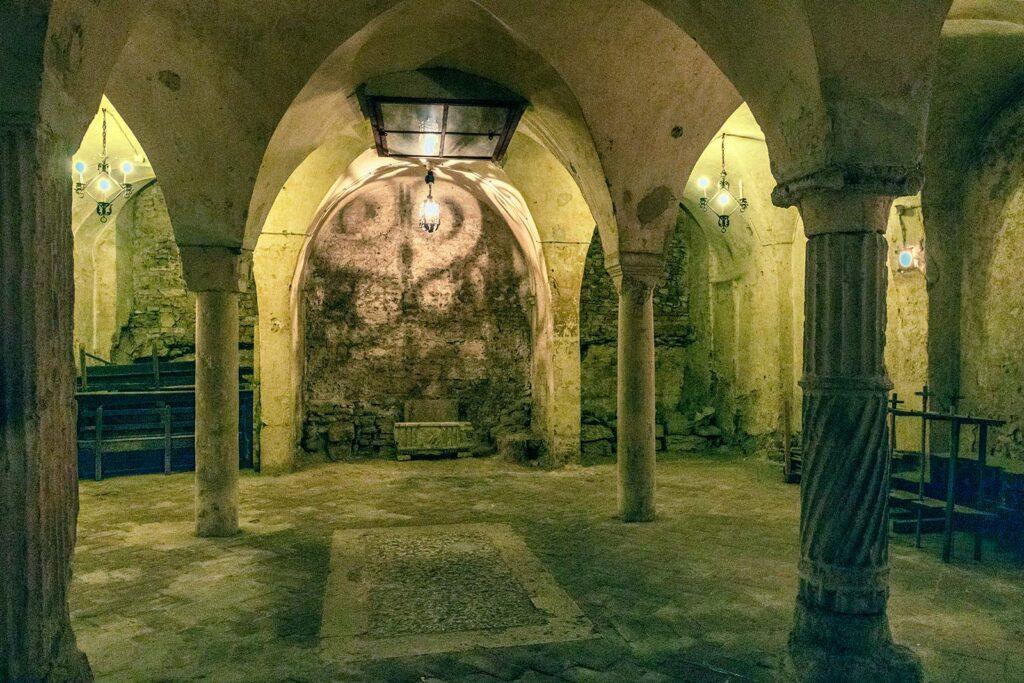 cripta santa maria