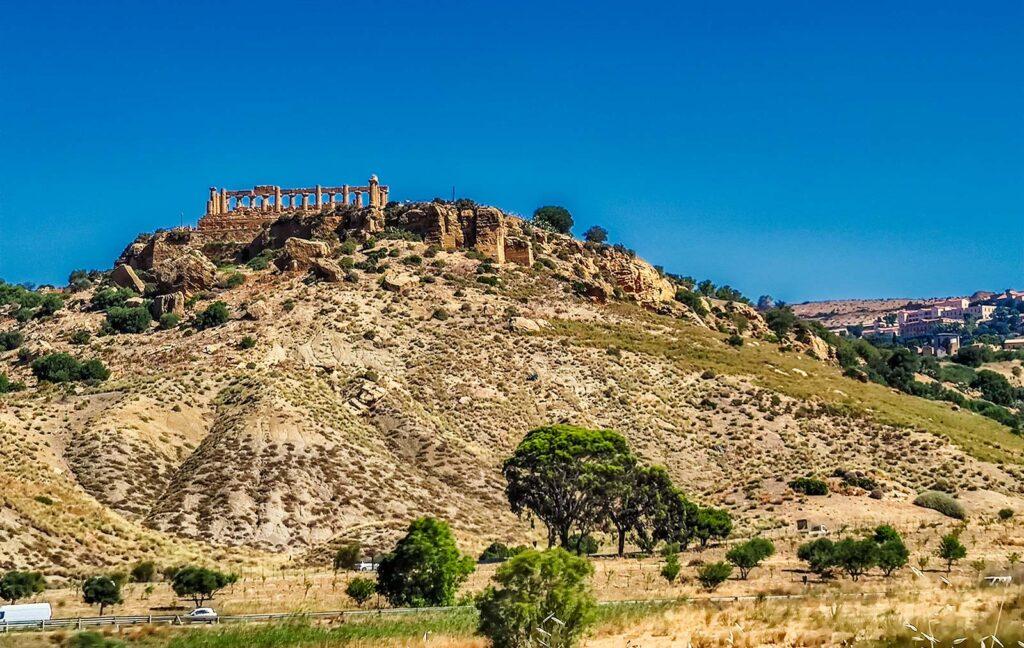valle dei templi vista dalla superstrada