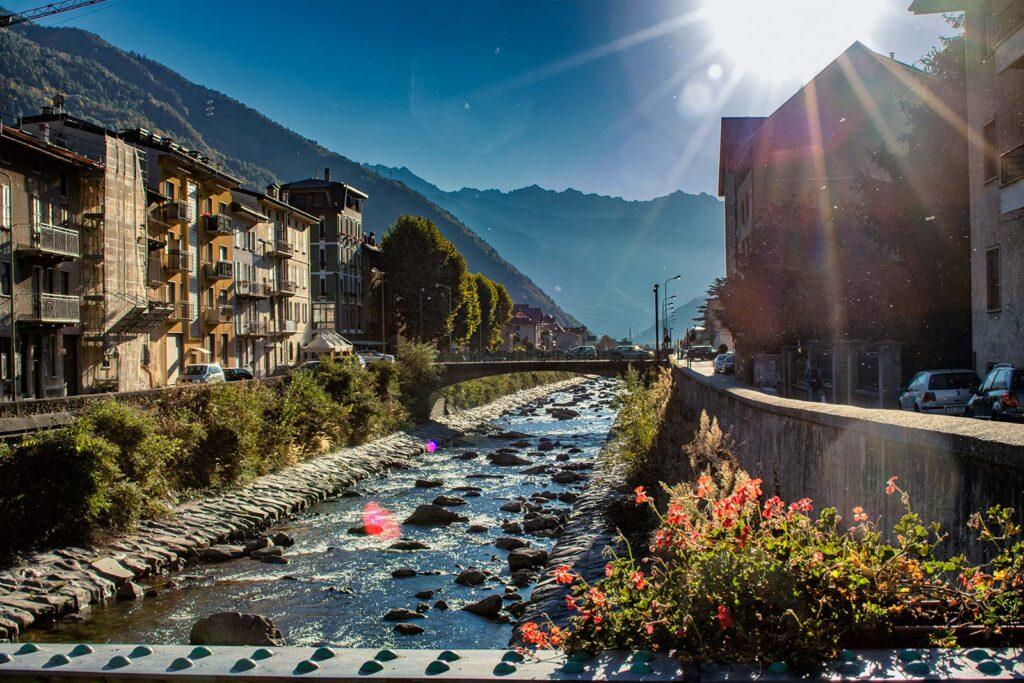 Il fiume Adda che bagna Tirano.