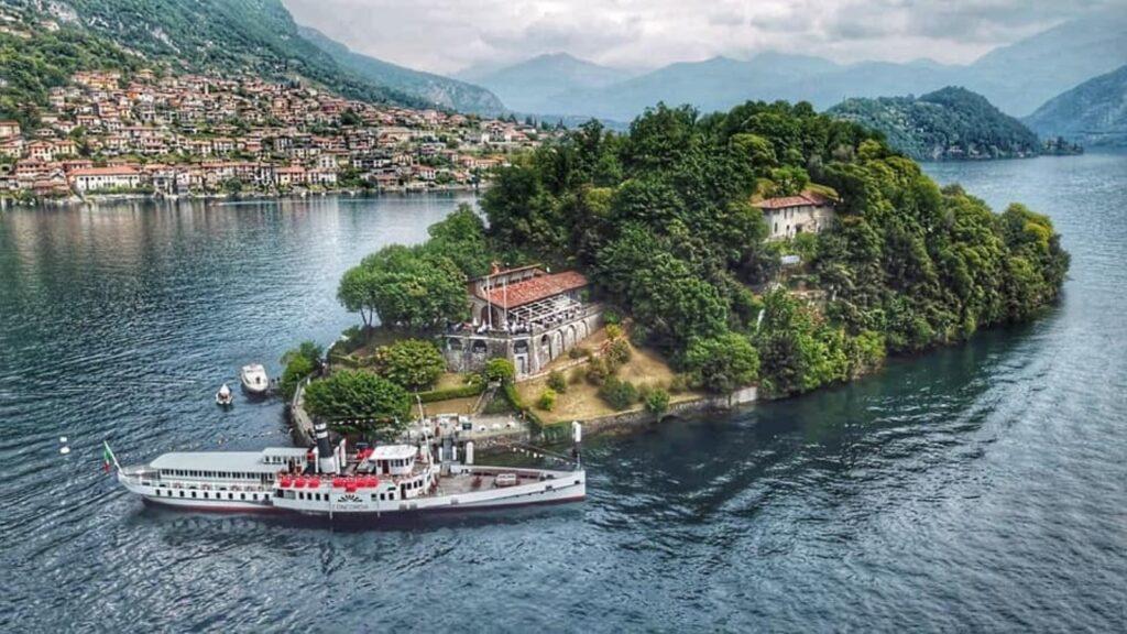 L'Isola Comacina, l'unica isola del Lago di Como.